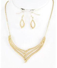 441541 Gold Tone / Lead&nickel Compliant / Metal / Necklace & Fish Hook Earring Set
