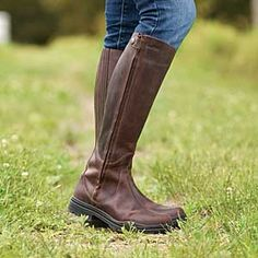 Fashion, comfort, performance - the Solstice Waterproof Leather Boot has it all! These incredibly versatile crossover boots are just as perfect for barn chores as they are around town as a fashionable, functional footwear choice across the seasons. And they're affordable to boot!