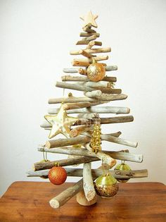 Driftwood Christmas tree wood Xmas modern coastal beach decor natural rustic minimalist scandinavian decoration original gift idea wooden Modern wood Christmas tree made from natural driftwood, perfect for your green Xmas! Made up of driftwood collected on the Tuscany beaches and a solid base
