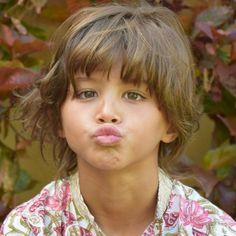 Brady Kids, Cute Kids, Disney Characters, Fictional Characters, Disney Princess, Instagram, Costumes, Home, Kisses