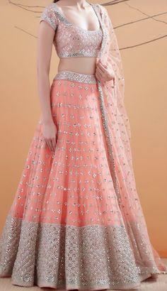Lehenga Design Images For Girl Party Wear Indian Dresses, Designer Party Wear Dresses, Indian Wedding Gowns, Indian Gowns Dresses, Indian Bridal Outfits, Indian Bridal Fashion, Indian Fashion Dresses, Dress Indian Style, Indian Designer Outfits