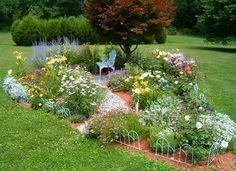 Starting a New Garden,Flower Garden Plan of Small Garden Design Garden Inspiration, Raised Flower Beds Designs, Beautiful Gardens, Backyard Garden, Rain Garden Design, Outdoor Gardens, Garden Planning, Garden Design, Memorial Garden