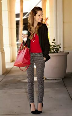 Black and red work chic ootd work attire, work pants outfit, young work out Stylish Work Outfits, Fall Outfits For Work, Business Casual Outfits, Professional Outfits, Work Casual, Business Attire, Casual Fall, Young Professional, Fashionable Outfits