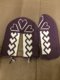 yok - Her Crochet Gestrickte Booties, Knitted Booties, Knitted Slippers, Knitted Poncho, Knitted Hats, Crochet Baby Sandals, Crochet Shoes, Baby Knitting Patterns, Crochet Patterns