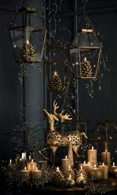 Wonderful Black Christmas Decorations Ideas That Amaze You 38 Luxury Christmas Decor, Black Christmas Decorations, Black Christmas Trees, Classy Christmas, Christmas Interiors, Christmas Trends, Noel Christmas, Christmas Inspiration, Christmas Colors