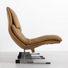 Giovanni Offredi; 'Onda' Lounge Chair for Saporiti, 1970s.