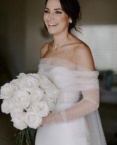 Wedding dresses - gorgeous bridal gown, minimalistic look bride naturalmakeup gourgouswedding weddinggoals Wedding Goals, Wedding Attire, Wedding Day, Rustic Wedding, Diana Wedding, Gown Wedding, Wedding Decor, Dream Wedding Dresses, Bridal Dresses