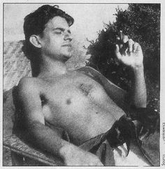 Somebody managed to make Lacan look sexy (in the days before he discovered ribbed turtlenecks and 40's high-waist gangster pants).
