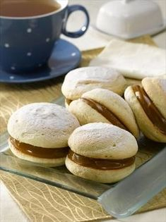 Chilean Recipes, Chilean Food, I Chef, Decadent Cakes, Macarons, Biscuits, Galette, Sweet Recipes, Food And Drink