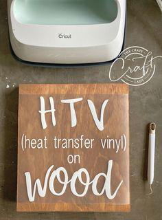 Inkscape Tutorials, Cricut Tutorials, Cricut Stencil Vinyl, Cricut Htv, Vinyl Art, Vinyl Crafts, Diy Vinyl Projects, Wood Crafts, Vinyle Cricut
