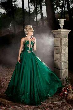 Rami Salamoun emerald green gown