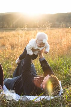 Valley Forge Park Family & Baby Portrait Photographer | Golden Hour Portraits | Angelina M. Photography Valley Forge, Baby Portraits, Golden Hour, Portrait Photographers, Branding, In This Moment, Park, Couple Photos, Christmas