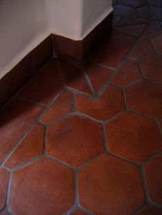 1000 images about spanish styles homes on pinterest for Spanish style floor tiles