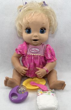 Hasbro 2006 Soft Face Interactive Baby Alive Doll Dress More Works 16 Baby Alive Doll Clothes, Baby Alive Dolls, Baby Girl Dolls, Baby Bunk Beds, Little Babies, Cute Babies, Baby Doll Diaper Bag, Disney Princess Toys, Baby Doll Accessories