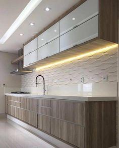 A receita para o sucesso de uma cozinha está na combinação harmônica das bancadas, piso e paredes. Mais os eletrodomésticos e os armários.