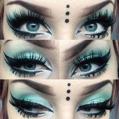 Excellent #Goth girl makeup