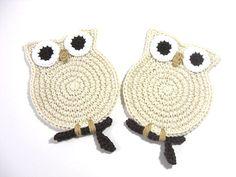 Owl Cream Crochet Coasters @Connie Hamon Hamon Hamon Hamon Elnan Price   So cute!!!