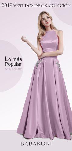 44c1fabe6a El es un vestido simple y elegante de graduación de satén. El diseño de  sastrería