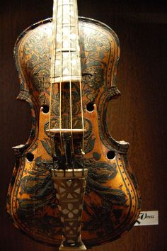 Very cool violin at Musee des Instruments de Musique / Musical Instrument Museum, Brussels, Belgium by Photo Phiend, via Flickr