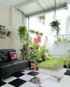 impressive indoor garden ideas to freshen your home 19 Dream House Plans, My Dream Home, Egyptian Home Decor, Carport Designs, Rustic Patio, Bungalow House Design, Minimalist Home Decor, Interior Garden, Home Design Plans