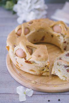 Casatiello napoletano: un classico salato della tradizione campana. Ce lo prepara lo chef, campano doc, Roberto di Pinto!  [Easter casatiello bread from Naples]