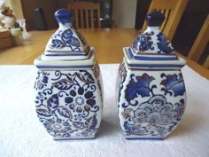 """Vintage Set Of 2 Vase Type Of Trinket Boxes """" BEAUTIFUL COLLECTABLE SET """" #vintage #collectibles #ceramics #home"""