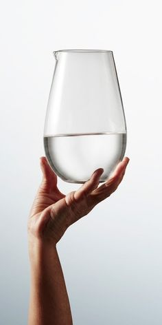 Via NordicDays.nl | IKEA Viktigt Collection | Minimal Glass Carafe