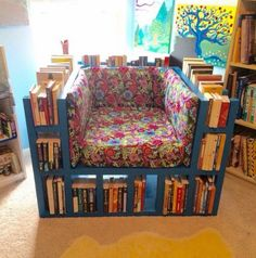 break from the norm: make your own Bookshelf Chair! Awesome DIY Project for the creative bookworms in my life.A break from the norm: make your own Bookshelf Chair! Awesome DIY Project for the creative bookworms in my life. Pallet Furniture, Furniture Making, Pallet Chairs, Recycled Furniture, Modern Furniture, Handmade Library Furniture, Dyi Chairs, Garden Furniture, Cinder Block Furniture