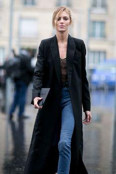 Anja Rubik at Paris Fashion Week Top Street Style, Street Style 2016, Model Street Style, Autumn Street Style, Street Chic, Garance, Anja Rubik, Looks Style, St Style