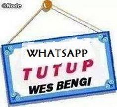 Foto Funny Tweets Twitter, Quotes Lucu, Smiley Emoji, Cartoon Jokes, Line Sticker, Funny Stickers, Funny Pictures, Funny Memes, Alhamdulillah