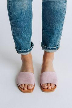 Details: The slide sandal we've been dreaming about all season. Perfect sandal for summer. Slide Sandals, Shoes Sandals, Heels, White Boho Dress, Free People Clothing, Open Toe Flats, Lilac Color, Graphic Tee Shirts, Denim Skinny Jeans
