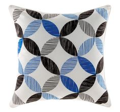 Revive any room with a dash of deep colour and pattern found in the cosy cotton Tika Cushion Cover, Blue from Linen House. Home Design Decor, House Design, Home Decor, Blue Cushions, Quilt Cover Sets, Decorative Accessories, Duvet Covers, Modern Design, Throw Pillows