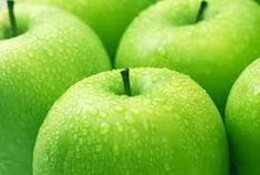 What are the health benefits of green apples and other apple varieties? What about cloudy apple juice benefits? Why are apple polyphenols so phenomenal? Fresh Apple Pie Recipe, Homemade Apple Pies, Green Apple Benefits, Best Wax Melts, Apple Health, Apple Varieties, Fresh Apples, Fruit Garden, Greens Recipe