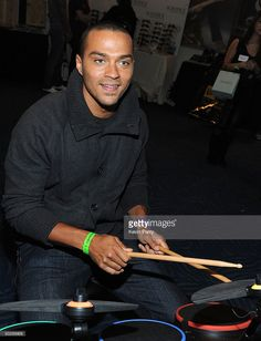 Actor Jesse Williams attends the American Music Awards luxury lounge held at Nokia Theatre L. Live on November 2009 in Los Angeles, California. Jessie Williams, You Changed My Life, Sarah Drew, Jackson Avery, Patrick Dempsey, American Music Awards, Best Actor, Black Media, Greys Anatomy