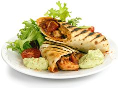 Grillet kyllingburrito Fresh Rolls, Turkey, Ethnic Recipes, Food, Turkey Country, Essen, Meals, Yemek, Eten