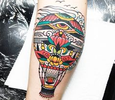 Very nice 3 colors traditional old school tattoo style of Hot air ballon motive done by artist Sam Ricketts Future Tattoos, Love Tattoos, Unique Tattoos, Air Balloon Tattoo, Air Tattoo, Dibujos Tattoo, Sailor Jerry Tattoos, Air Ballon, Neo Traditional Tattoo