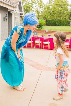 Ideas & Accessories for your DIY Shimmer & Shine Halloween Costume Idea