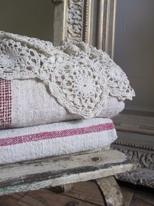 Love old, worn bench, quilts and coverlet.....