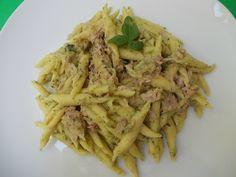Pasta con crema di zucchine e tonno-ricetta veloce