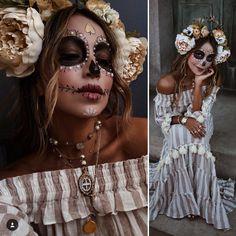 Costume Halloween, Cute Halloween Makeup, Halloween Inspo, Halloween 2019, Halloween Stuff, Maquillage Sugar Skull, Day Of Dead Makeup, Day Of Dead Costume, Catrina Costume