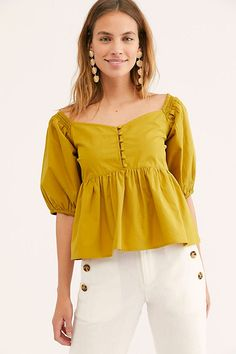 Veronica Sweetheart Top - Mustard Yellow Babydoll Top with Puff Sleeves - Mustard Babydoll Tops - Babydoll Tops - Boho Flowy Tops = Femme Tops Myanmar Dress Design, Fancy Tops, Fancy Blouse Designs, Girl Fashion, Womens Fashion, Winter Fashion Outfits, Blouse Patterns, Boho Tops, Ideias Fashion