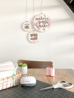 today, i'm excited to share this adorable diy sewing room decor project with you!