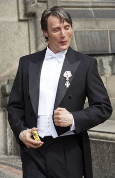 Mads Mikkelsen. Pip-pip; cheerio! I'm off to murder and eat people!