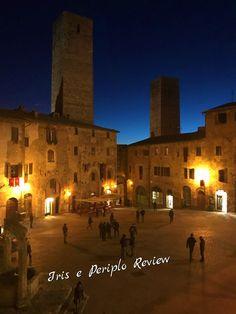 Hotel Leon Bianco, dormire a San Gimignano Terrazzo, Iris, Mansions, House Styles, Travel, Buildings, Viajes, Manor Houses, Villas