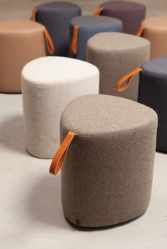 Pully is a pouf with a different kind of shape that defies convention. The leather handle makes it easy to carry Pully around, offering comfort and flexibility in the workplace. Patio Furniture Covers, Sofa Furniture, Office Furniture, Furniture Design, Leather Furniture, Do It Yourself Furniture, Pouf Ottoman, Sofa Design, Upholstery