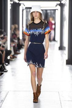 4db0d494177d 54 Best Woman Fashion Trends images