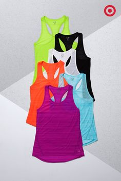 The perfect tank goes a long way. Especially when it can take on any workout. The C9 Champion Feather Weight Tank fits like a dream, loose yet lean. With a lightweight design and DuoDry technology, you'll want one in every color.