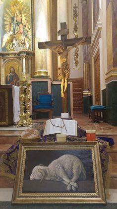 Entrega reprodução Agnus Dei na Parroquia de Nª Sª dos Ángeles, em Serra, Valencia.