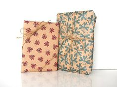 heartic lily wrapping paper