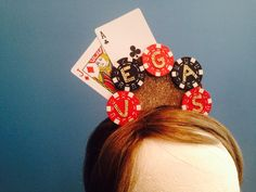 Vegas Headband Poker Chip Playing Card Casino Headpiece Casino Table, Poker Chips, Headpiece, Birthday Ideas, Vegas, Alice, Playing Cards, Unique Jewelry, Hats